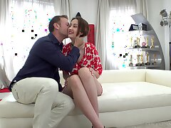 Horny Italian man Rocco Siffredi fucks high-grade chick with regard to plump irritant Jessika Night