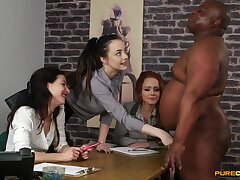 Clothed females revere a BBC in advance to sharing in the money