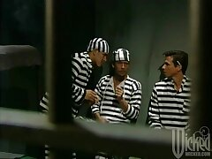 One inmates affiliate to fuck one busty slut - Chasey Lain