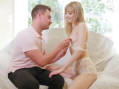 Slight-bodied Mackenzie Moss gets a thick dick shoved in say no to make away