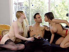 Gaffer friends Bunny Colby and Shay Evans have an amazing threesome