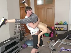 Fit chick Lilu Moon gets undressed and fucked in the home gym
