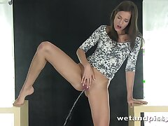 Pissing big wheel Silvie Luca works on their way smelly shaved pussy so damn nice