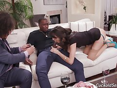 Couch sex in interracial cuckold play