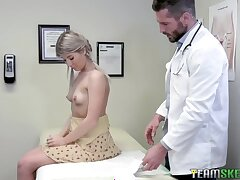 Kinky gynecologist examines pussy and anal hole with his hard and broad in the beam cock