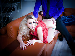 FamilyStrokes - Sexy Teen Zoe Loves Her Stepdads Cock