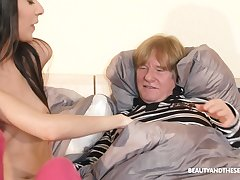 Old fuck gets to enjoy some virgin pussy and he's such a pervert