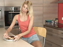 Consumptive blonde Missy Luv masturbates in the larder with her fingers