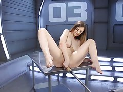 Thick maven Stella Cox uses a vibrator before sexy machine fuck